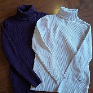 Sweaters - Set of 2 ladies turtleneck sweaters